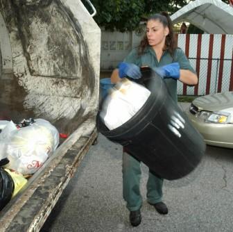 women-sanitation-workersjpg-33c5ed265c324a0c.jpg